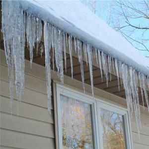 Ventilation toiture, Glaçons et barrage de glace